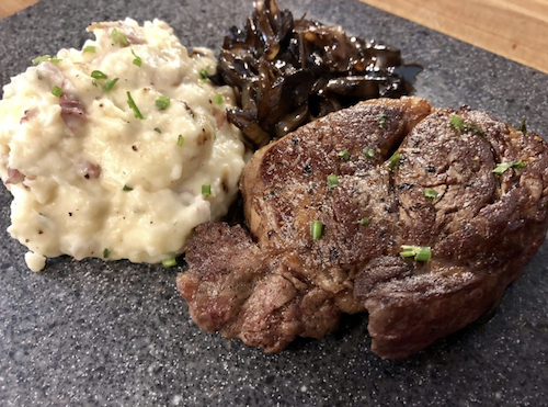 Filet Mignon with Drunken Mushrooms and Mashed Potatoes