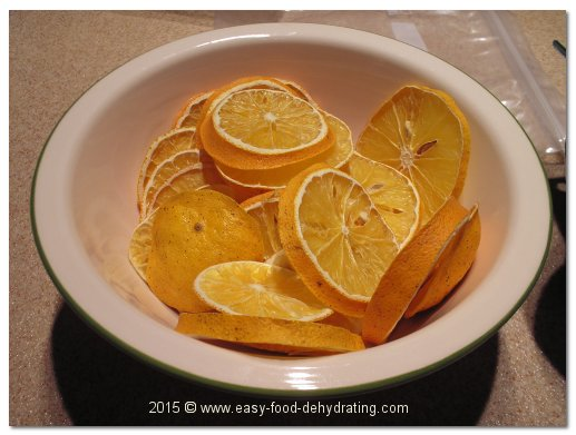 Dehydrated Oranges in a bowl.